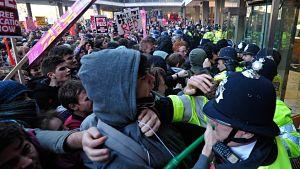 La révolte grecque, modèle pour les peuples européens - Page 3 London_opt