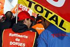 Crise sociale  * La Fronde * - Page 2 Total-gr%C3%A8ve